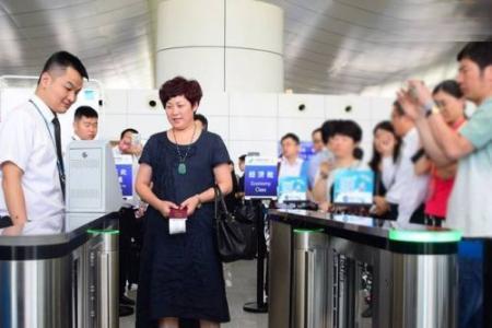 首都机场人脸识别是怎么回事/可以刷脸问题答案 首都机场人脸识别以后刷脸就能坐飞机