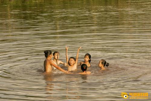 情暖少数民族女孩 蚂蚁庄园6月7日答案:情暖少数民族女孩项目提供什么教育